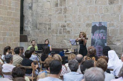 MÚSICA: AIMS al carrer