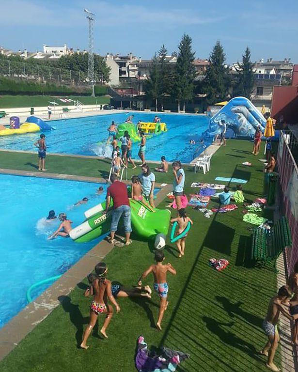 252 infants i joves participen a les activitats ludicoesportives de les piscines municipals de Solsona