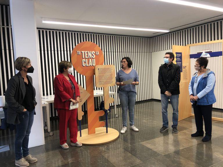 Arriba a Solsona una exposició itinerant de Projecte Home de prevenció de drogues