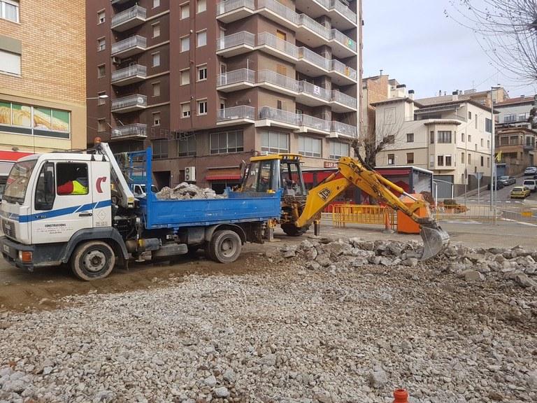 Comencen les obres de condicionament de la plaça de l'edifici Àries de Solsona