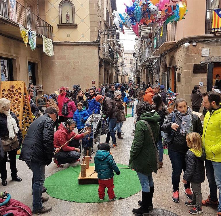El 8 de desembre torna la Fira del Tió de Solsona amb el mercat d'artesans i una jornada d'activitats familiars i solidàries
