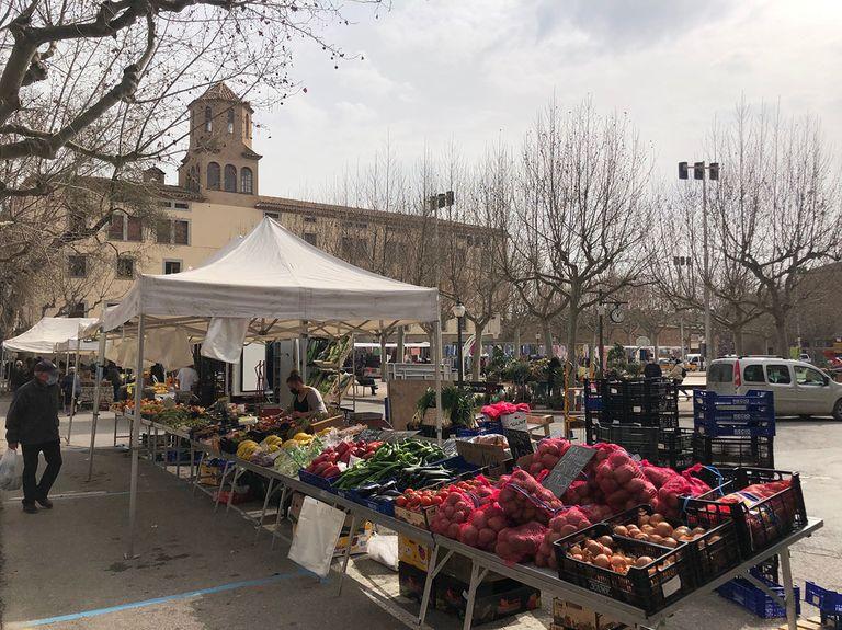 El mercat setmanal a Solsona genera un impacte econòmic indirecte de 21.760 euros