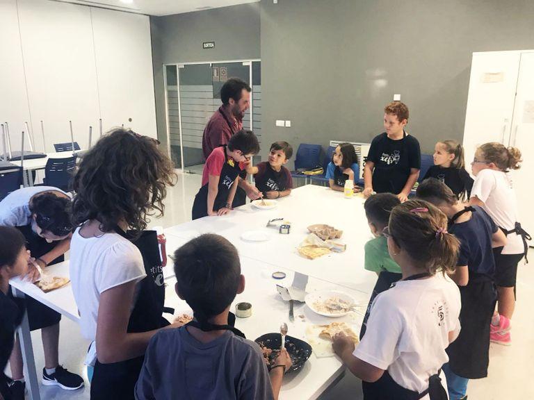 L'activitat extraescolar de cuina de Solsona s'obre a l'alumnat de P5 en el darrer trimestre