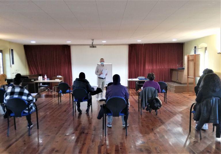 L'Agència de Desenvolupament Local forma a Solsona deu persones per a treballar d'expertes en neteja d'immobles