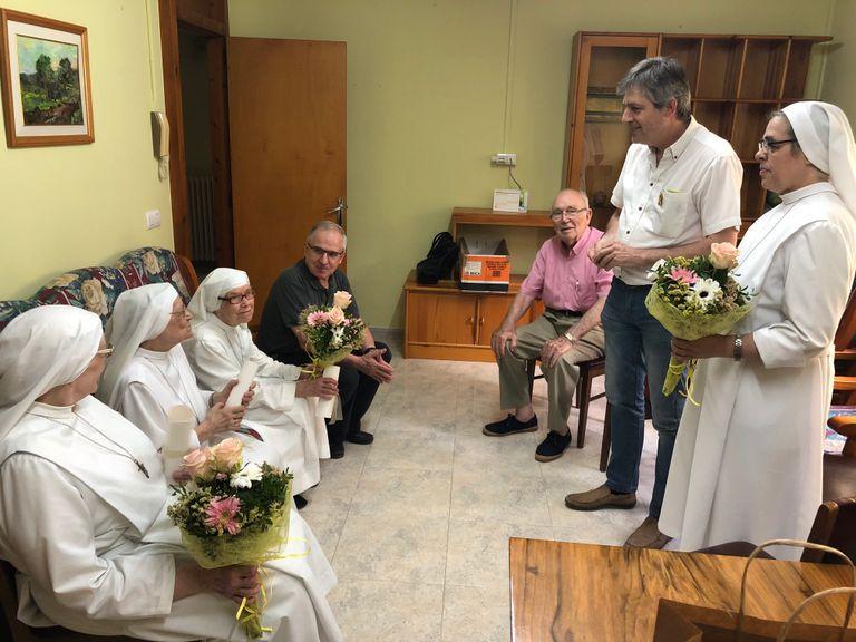 L'alcalde solsoní s'acomiada de les monges del Seminari amb un reconeixement a la tasca realitzada a la ciutat
