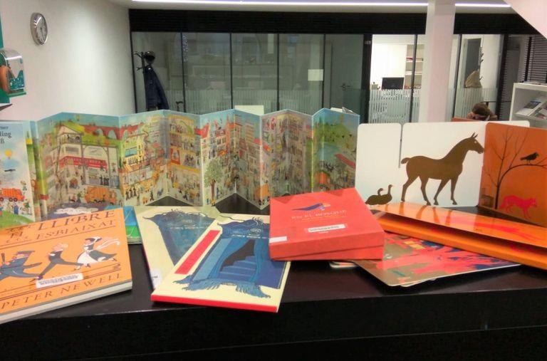 La Biblioteca Carles Morató organitza un taller per a famílies sobre els formats dels llibres