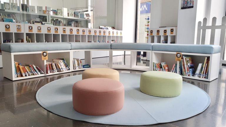 La Biblioteca Carles Morató reobre totes les sales amb la meitat de la capacitat