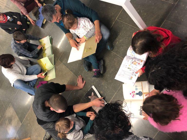 La biblioteca solsonina crea un Club de lectura familiar, que s'afegeix als sis ja existents