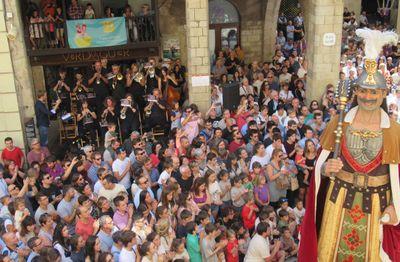 (AUTORIA: Núria Bonet) La Cobla Juvenil Ciutat de Solsona interpretant les danses en l'edició 2019