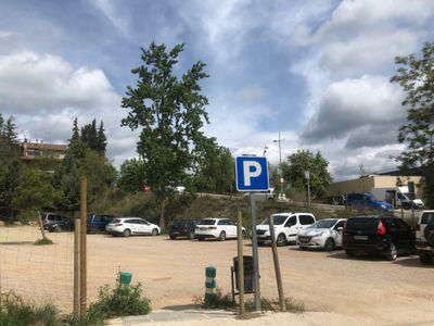 La Fira de Sant Isidre reserva places d'estacionament per a persones amb mobilitat reduïda a tres espais