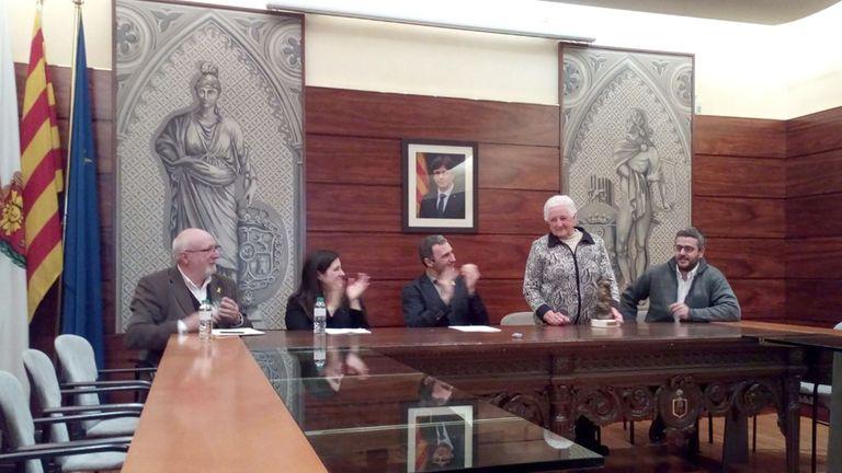 La Fira del Trumfo reconeix 'el treball incansable' de la veïna de Cambrils Lluïsa Sabata amb el Premi Bufet