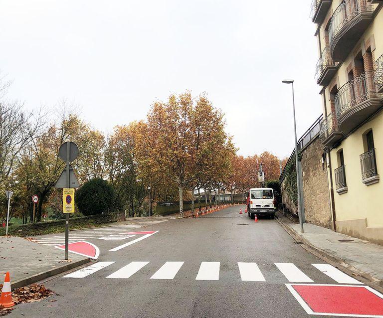 Reordenació de l'estacionament a l'avinguda dels Països Catalans de Solsona per guanyar seguretat