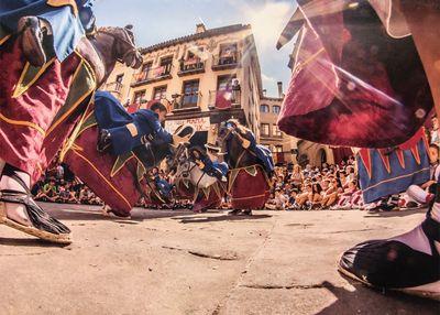 Imatge del ball dels cavallets de Víctor Pisa, 2n premi del Concurs de Fotografia de la Festa Major del 2018