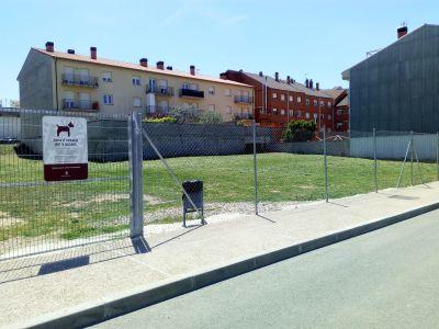 Solsona destina un espai de 1.700 metres quadrats a zona d'esbarjo canina