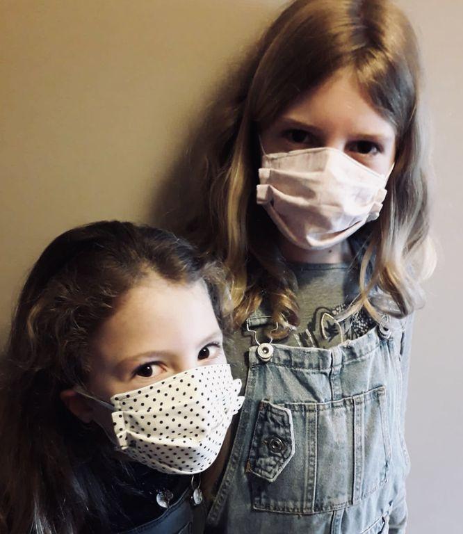 Solsona fa una crida per cosir 2.000 mascaretes amb mides especials per a infants i joves