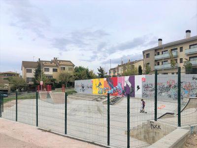 Solsona instal·la una tanca a l''skate park' per fer-ne complir l'horari i garantir el descans veïnal