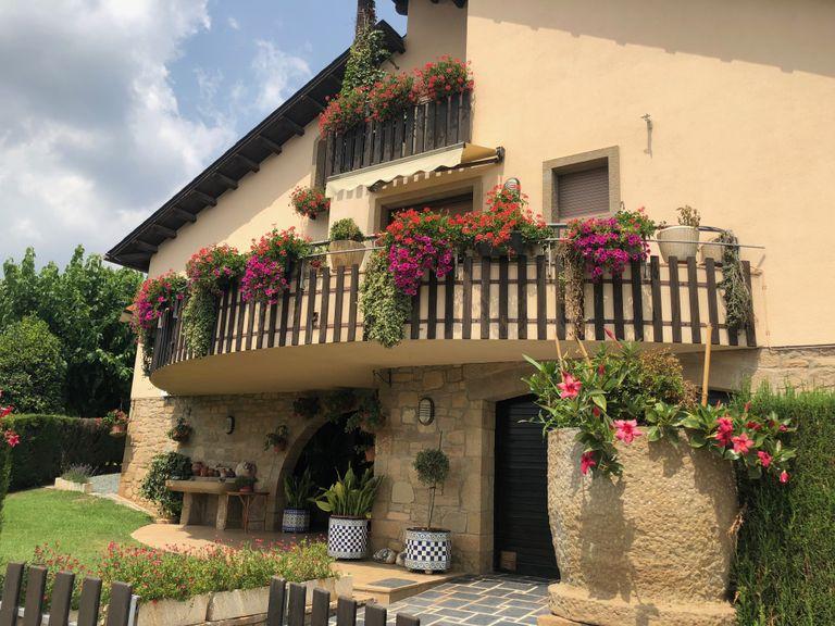 Solsona repartirà 990 euros en premis entre els balcons més florits